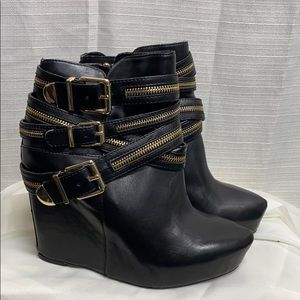 BCBG Anders Black Wedge Boots with gold zippers